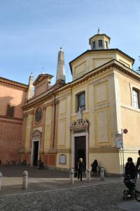 Cremona V001