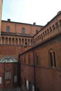 Cremona V016