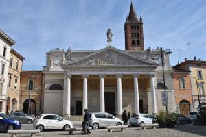Cremona V023